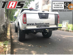 Nissan Navara REAR BAR FOREST  WITH ABS DECKCOVER NISSAN NAVARA  20180803 112921